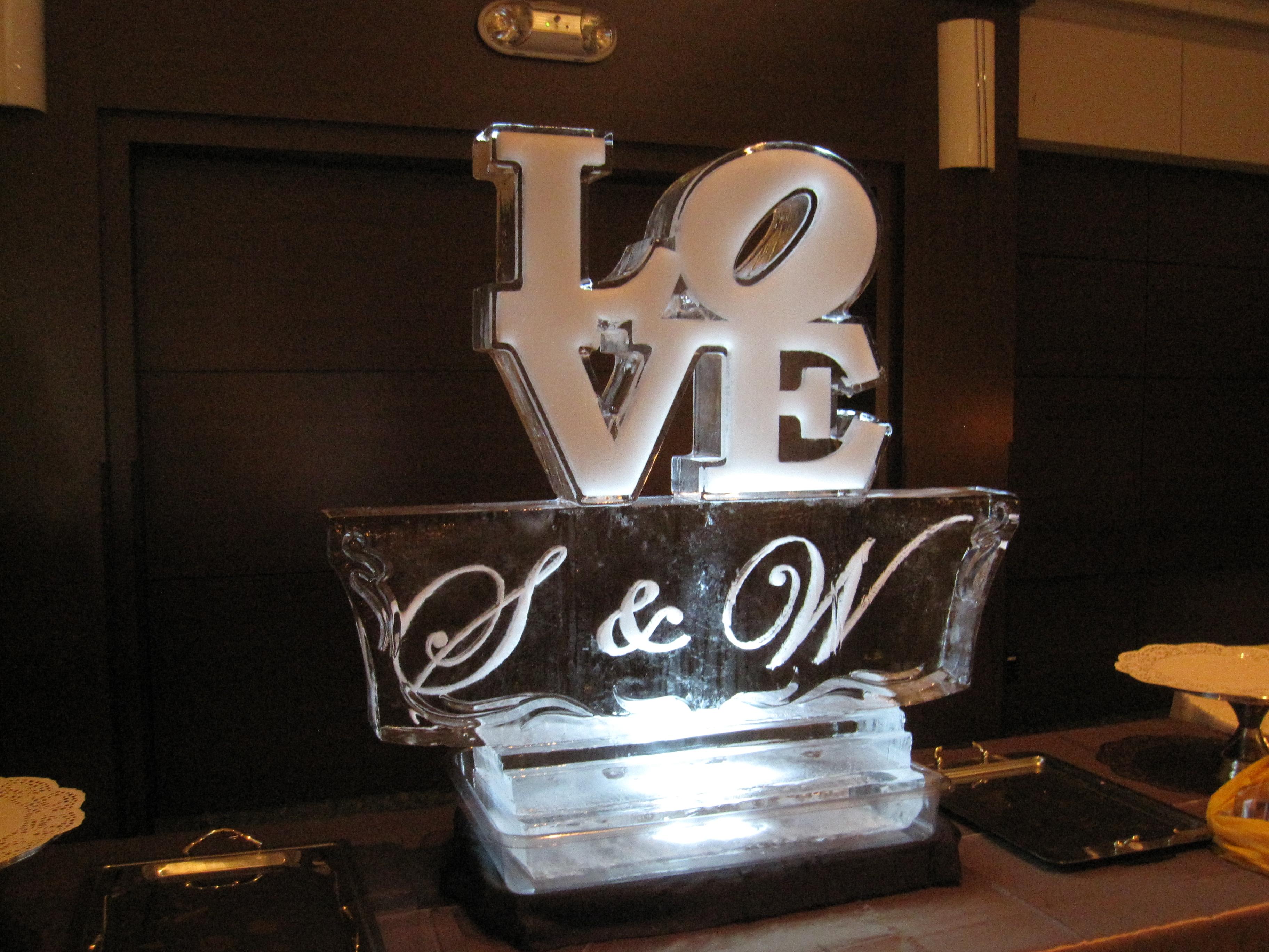 Weddings Vancouver Ice Sculptures